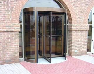 Flooring requirements in revolving doors