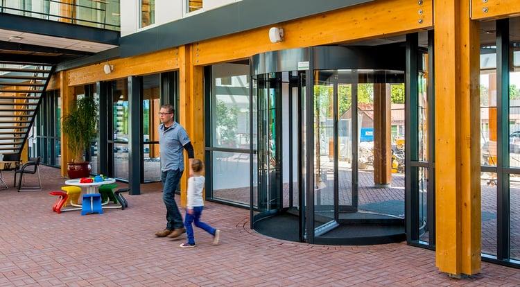 Tourniquetdeur gemeentehuis Brummen | Boon Edam