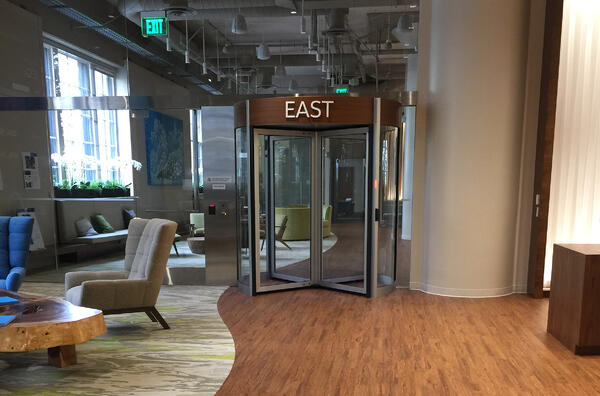The appearance of a security entrance is important and can be adjusted with finish, material and color options