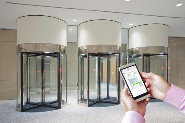 Para resoluciones técnicas más rápidas, las puertas giratorias de seguridad deben tener una plataforma de software basada en web