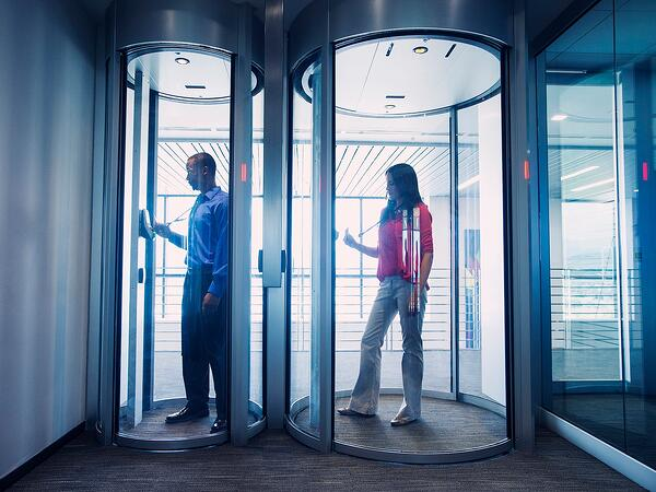 Circlelock Security Portals with Biometrics Prevent Unauthorized Entry