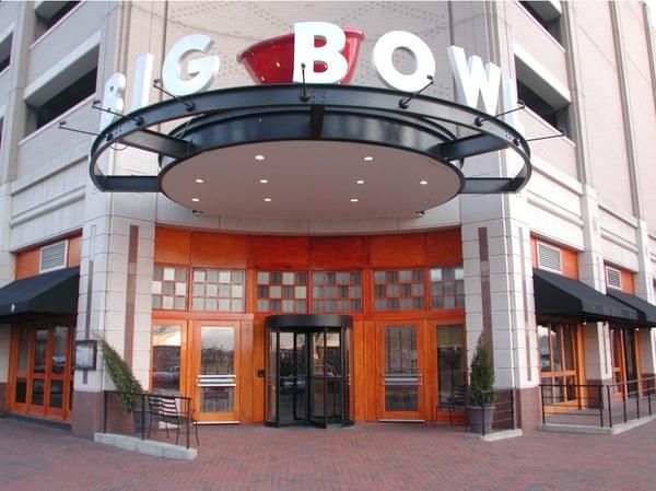 Puerta giratoria_TQM_Big Bowl_Reston VA