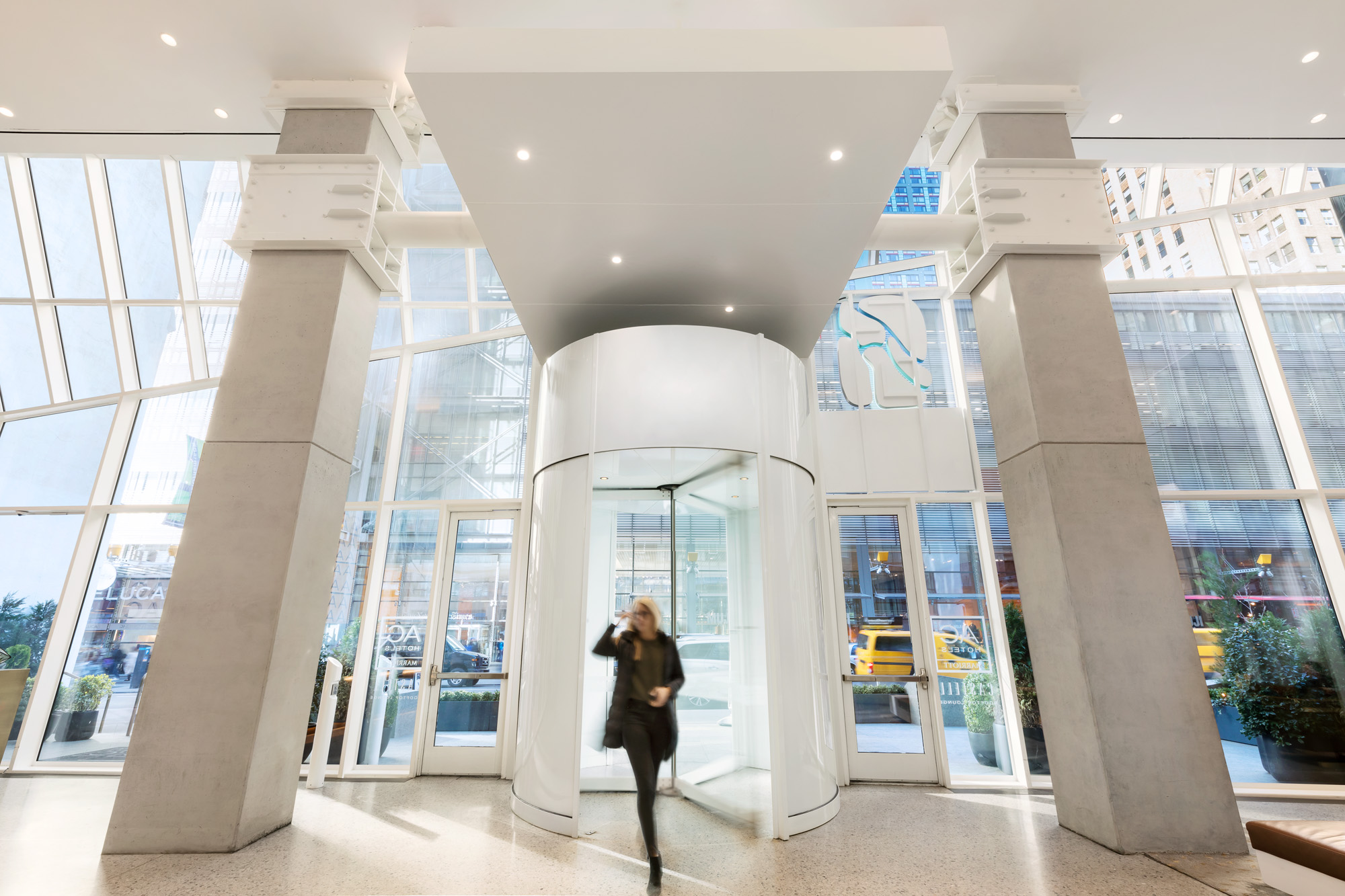 AC_Marriott_NYC_Revolving_Door-Interior-1_small