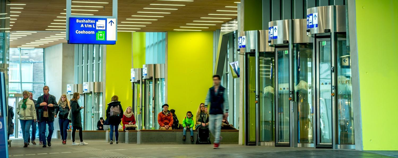 Wat is het juiste aantal tourniquetdeuren in een gebouw? | Boon Edam