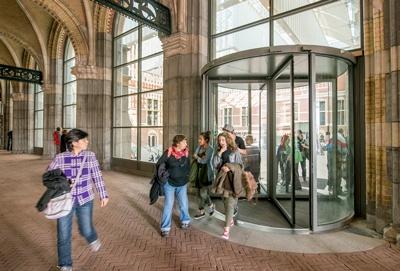 Uitnodigende toegangsoplossingen voor museum | Boon Edam